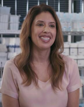 Headshot of Victoria Akre